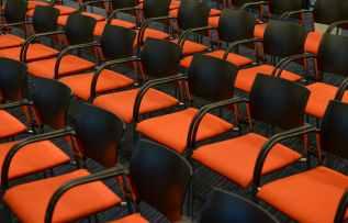 seats-orange-congress-empty-722708
